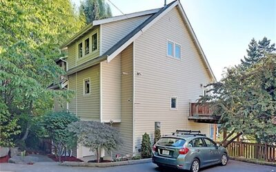 Newly Remodeled 3-Bedroom Townhouse in Seattle, WA